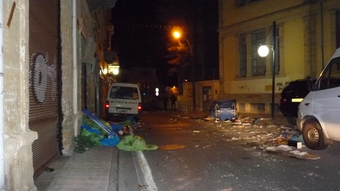 Near Faneromeni. Nicosia. Saturday 10th October '09. all rights reserved